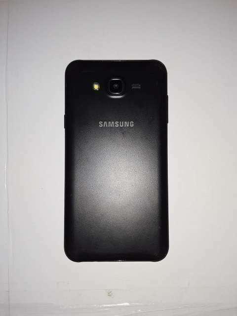 Samsung Galaxy J7 Neo 16 gb - 1