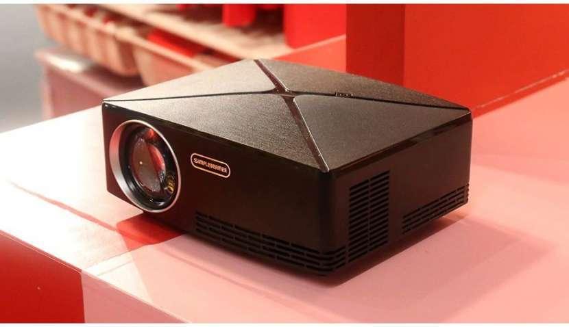 Proyector LED AUN C80 - 2