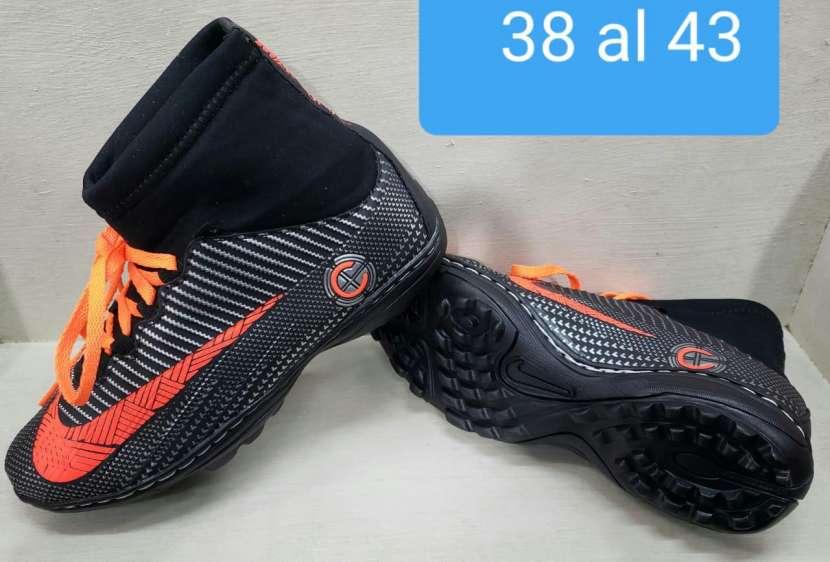 Calzados Nike y Adidas