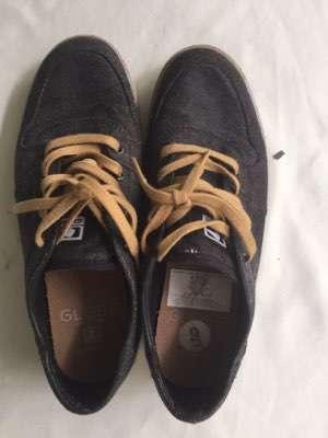 Zapatos Globe