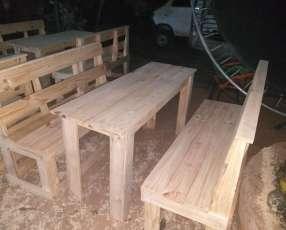 Juego ( mesa con sillón )