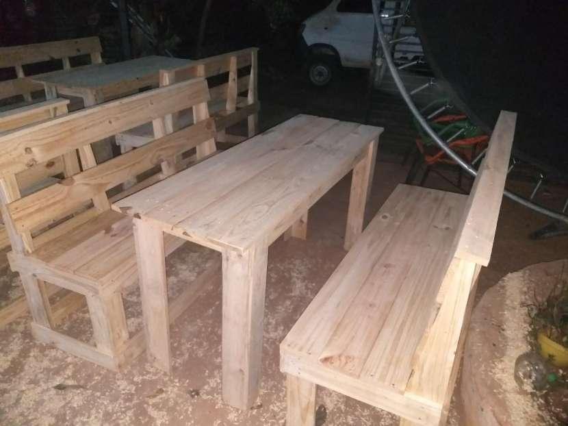 Juego ( mesa con sillón ) - 0