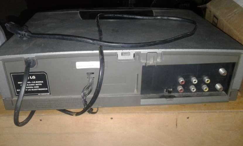 Reproductor de VHS LG. - 0