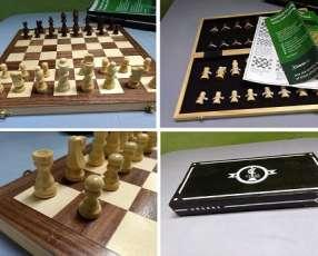 Juego de Ajedrez de madera de Chess Armory