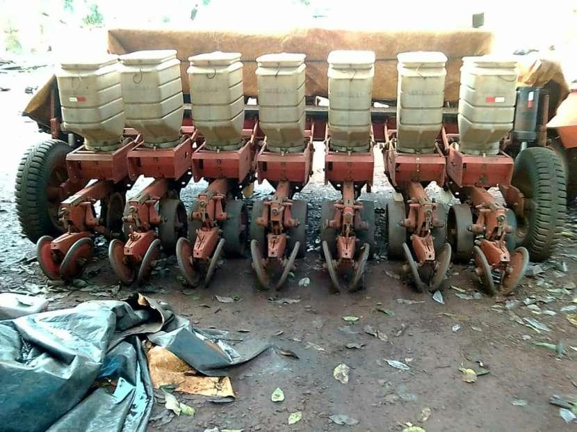 Plantadora Semeato de 7 liñas - 0