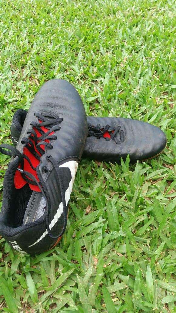 Botín Nike Tiempo - 2