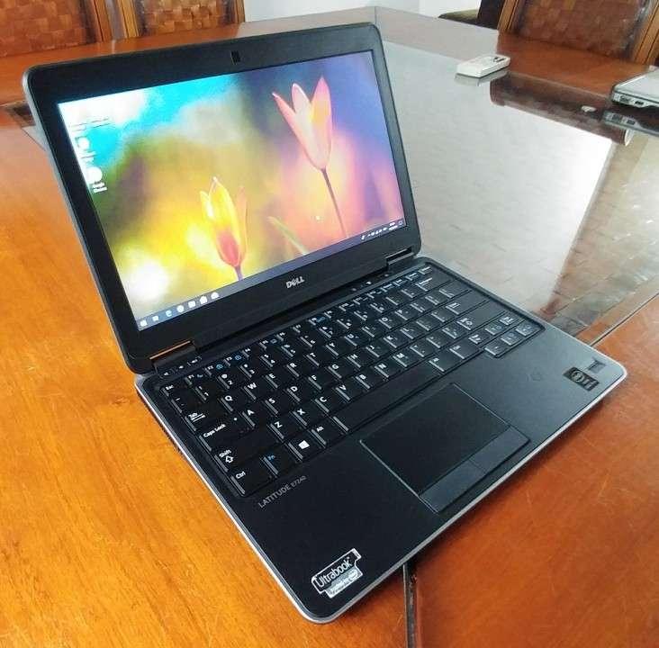 Dell Latitude E7240 Intel i5 SSD J148 - 1