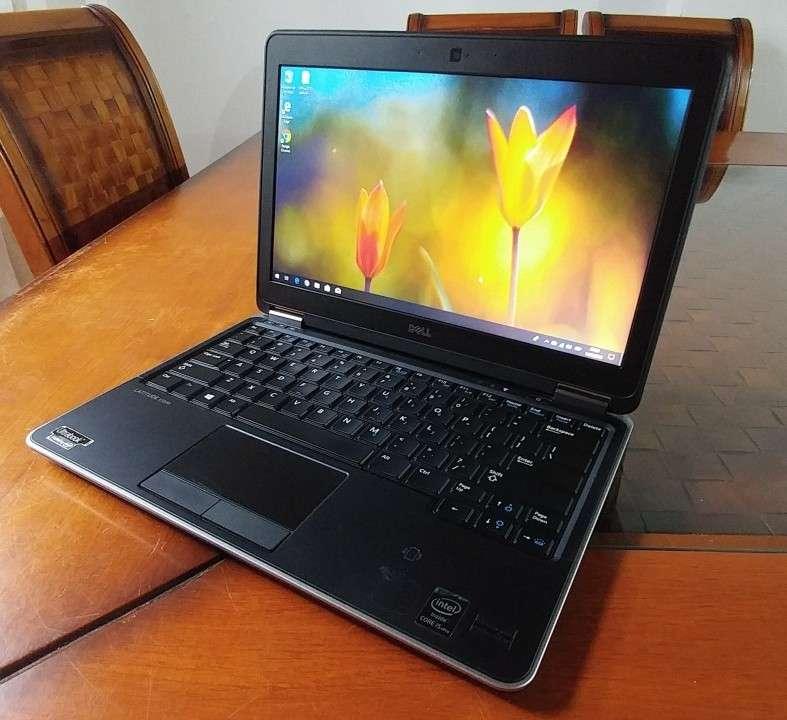 Dell Latitude E7240 Intel i5 SSD J148 - 4