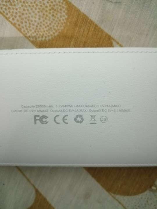 Universal Samsung pack más cargador para Samsung por 200000 - 1