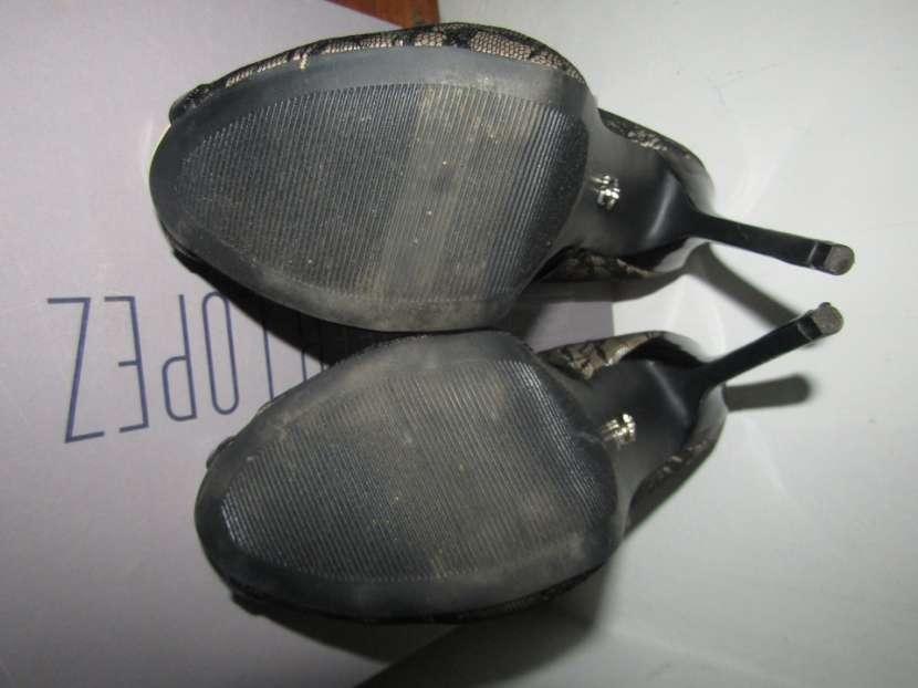 Zapato Taco Alto en caja talle 8 - 2