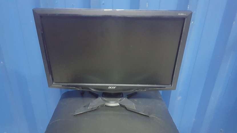 Monitores semi nuevos - 7