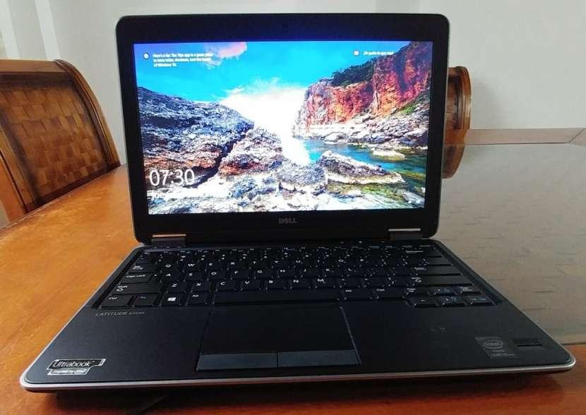 Dell Latitude E7240 Intel i5 SSD J148 - 3