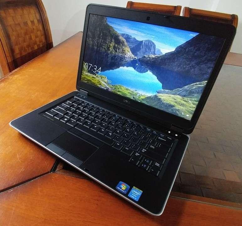 Dell Latitude E6440 Intel i5 4GB SSD J145 - 0