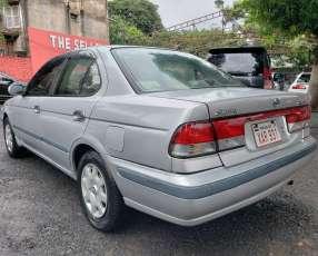 Nissan Sunny 2001 mecánico