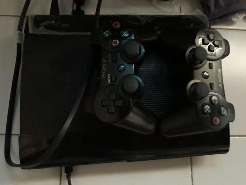 PS3 ultra slim de 500 gb - 0