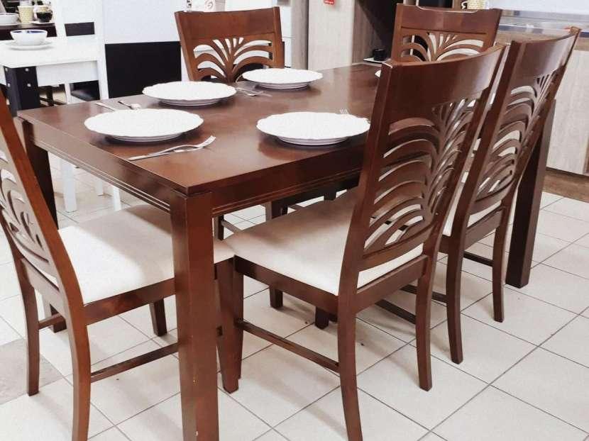 Comedor minimalista de 6 sillas - 0