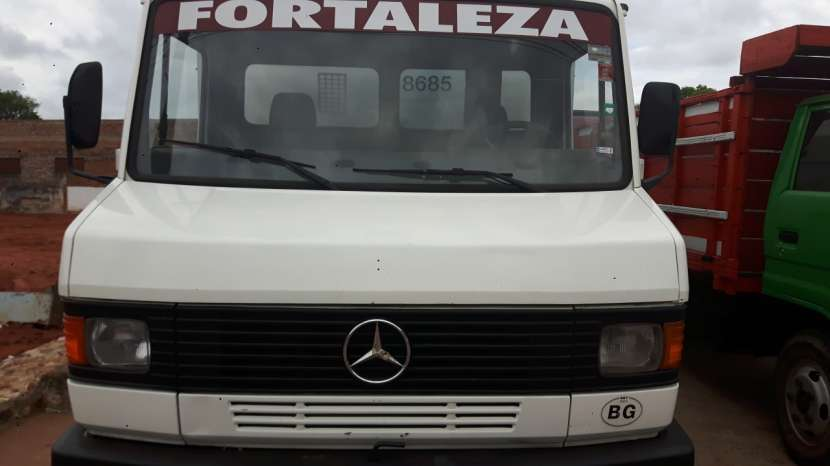 Mercedes Benz 1988 picudito refrigerado 8 toneladas frío a placas - 4