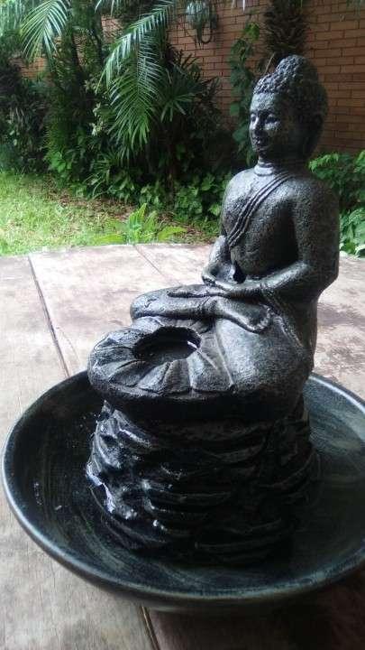 Estatua de Buda c/plato para agua - 0