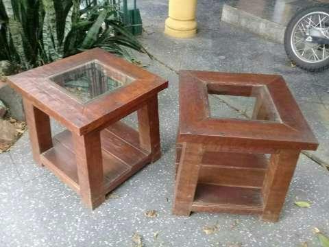 2 Mesitas de madera maciza y vidrio - 1