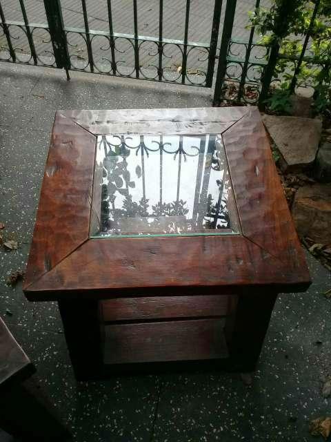2 Mesitas de madera maciza y vidrio - 2