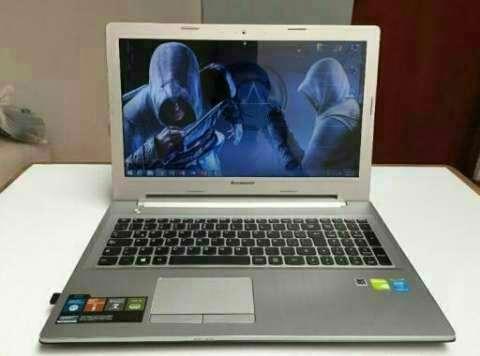 Laptop semi gamer Lenovo - 0