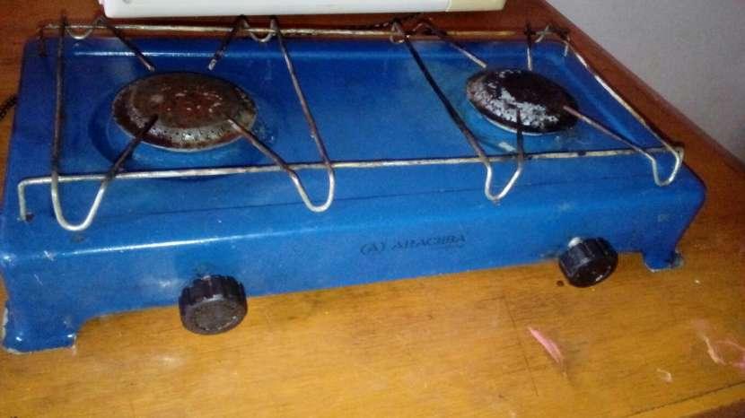 Cocina de 2 hornallas a gas - 0