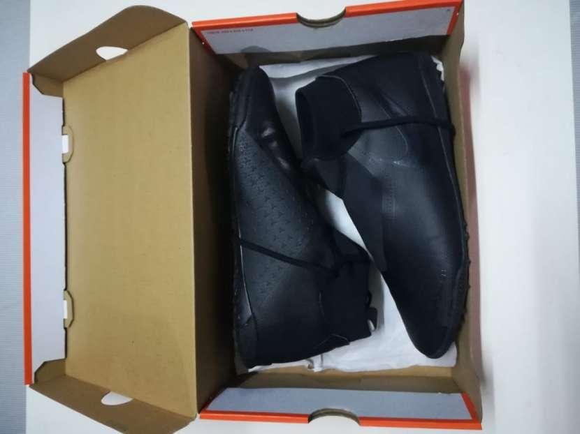 Calzado Nike Phantom VSN Todo Terreno - 2