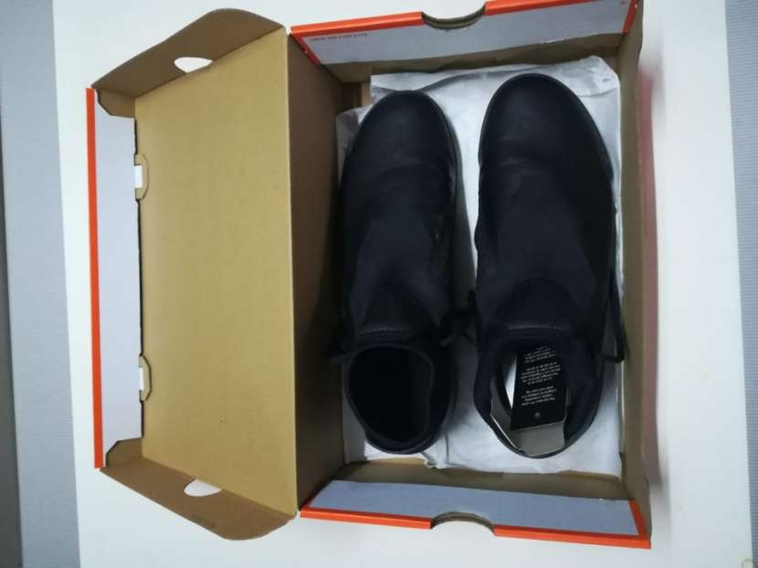 Calzado Nike Phantom VSN Todo Terreno - 1