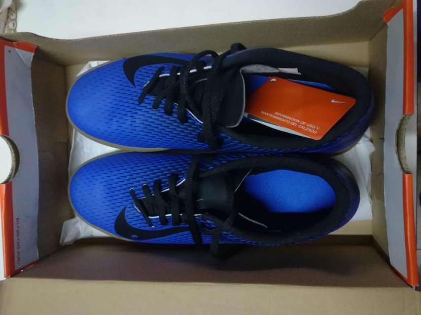 Calzado Nike para fútbol de salón - 0