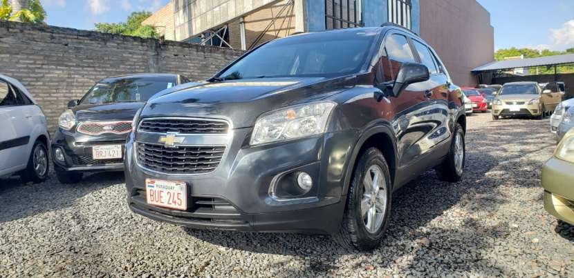 Chevrolet Tracker LT 2015 gris mecánico