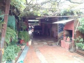 Casa 377 m2 sobre asfalto en Encarnación Itapúa