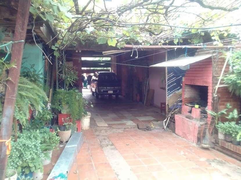Casa 377 m2 sobre asfalto en Encarnación Itapúa - 0