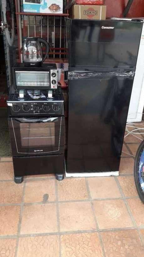 Heladera de 300 litros cocina horno y hervidora - 0