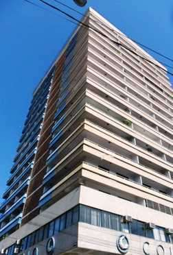 Departamentos en Tradicional Edificio de Asunción