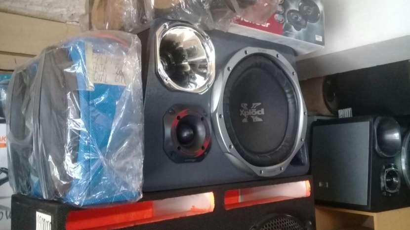 Caja Acústica - 1