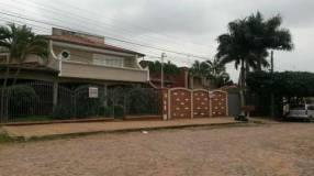 Casa enorme en San Lorenzo