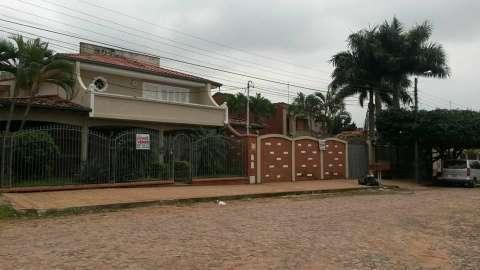 Casa enorme en San Lorenzo - 0