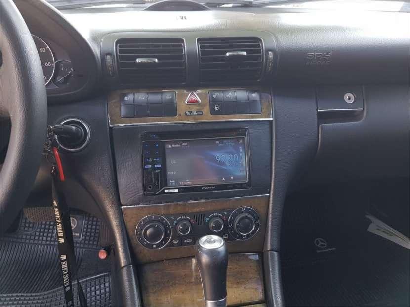Mercedes Benz C230 2006 - 8
