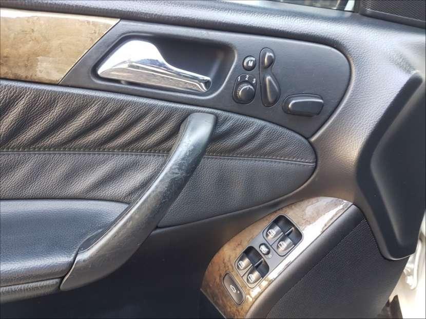 Mercedes Benz C230 2006 - 7