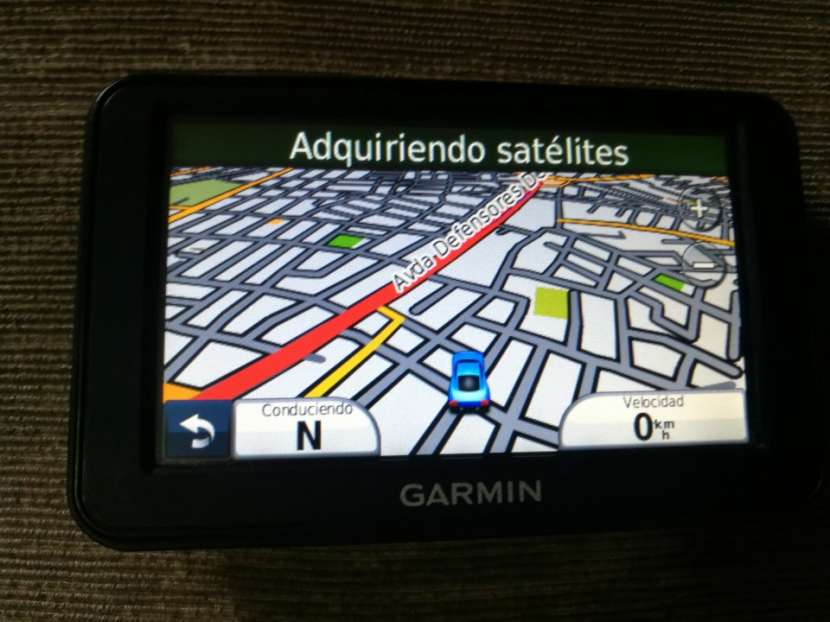 GPS Garmin Nuvi 40 - 1