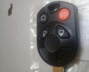 Llave con control remoto para Ford