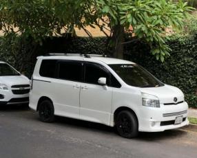 Toyota New Voxy 2008