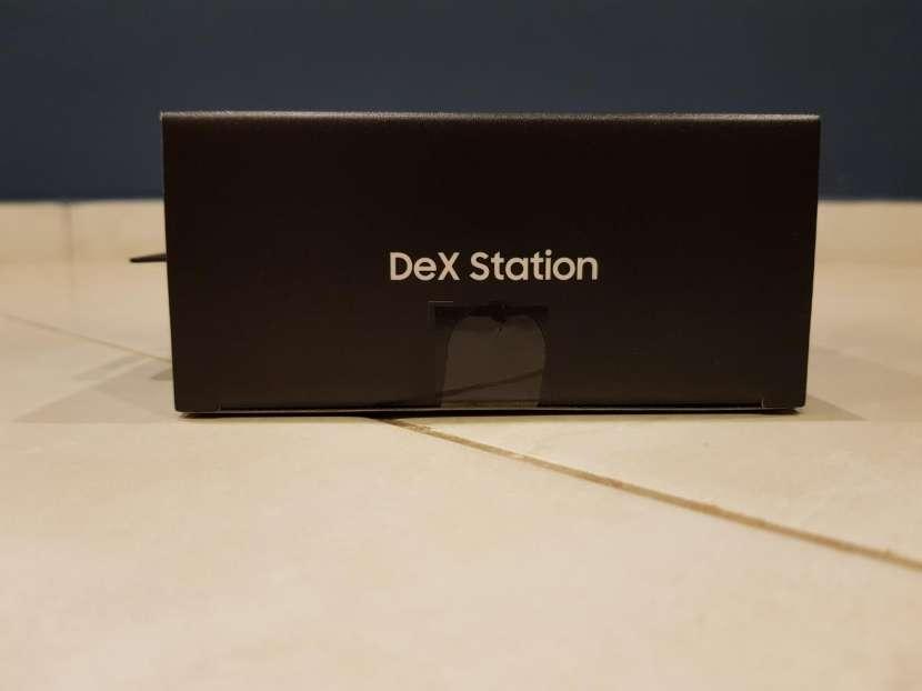 Samsung DeX Station - 1