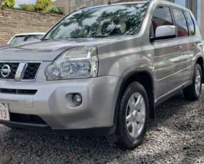Nissan X-trail 2009 color plata