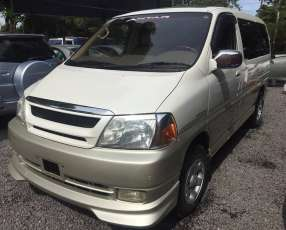 Toyota Grand Hiace 2001