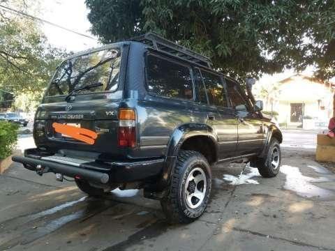 Toyota Land Cruiser VX 1995 - 2