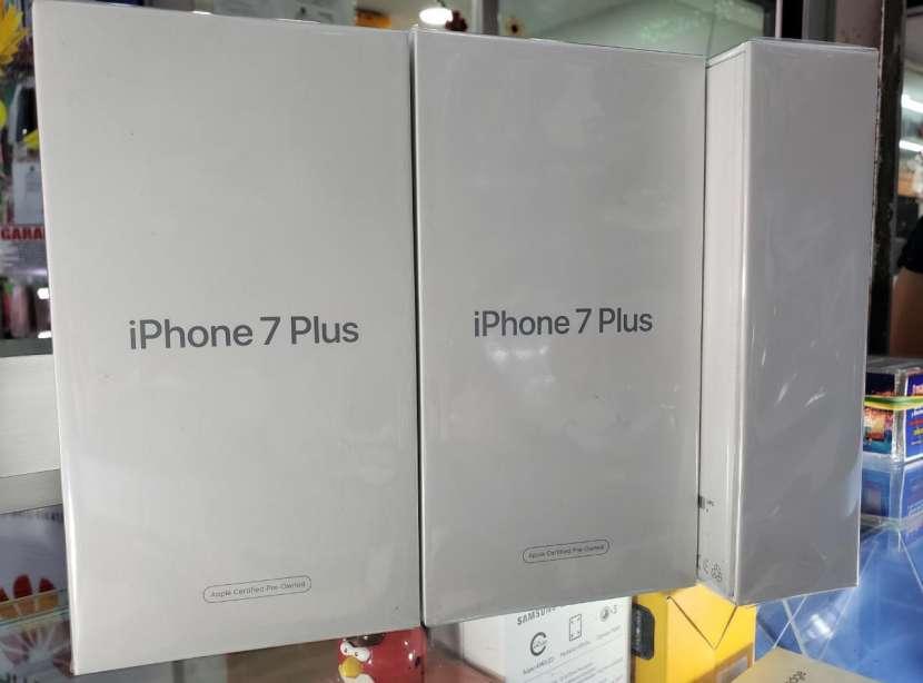 IPhone 7 plus - 0