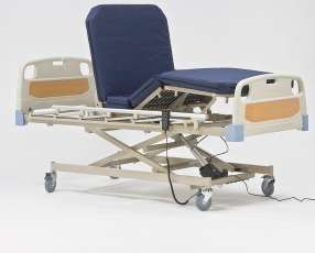 Cama hospitalaria de tres movimientos eléctrica