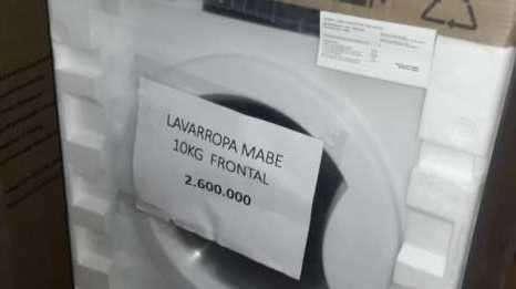 Lavarropa automática Mabe de 10 kilos carga frontal