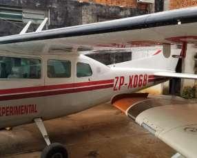 Cessna 210J